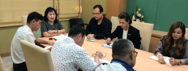 กองกลาง สำนักงานอธิการบดี ประชุมบุคลากรเพื่อเตรียมความพร้อมในการปฏิบัติงาน ครั้งที่ 1/2560